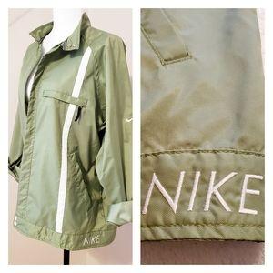 NIKE | RETRO STYLED WINDBREAKER SHELL Jacket